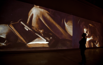 caravaggio-experience-the-fake-factory-02